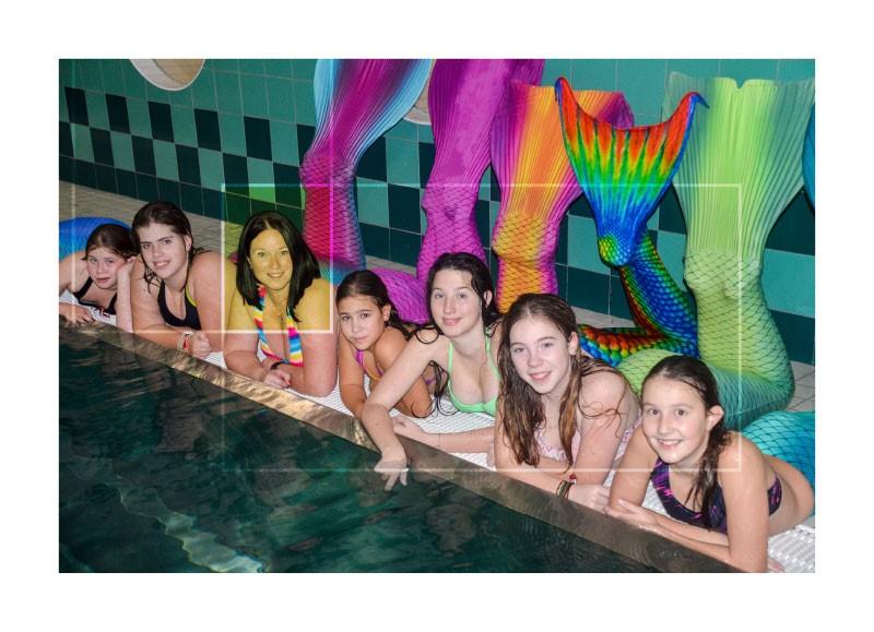 dezaktionmeerjungfrauschwimmen